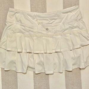 Lululemon White Pace Setter Skirt.
